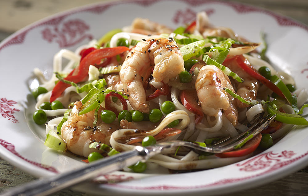 prawn stir fry cooked in the pan